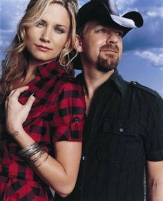 Sugarland - Tonight - Watch video here: http://dailycountryvideos.com/2011/12/07/sugarland-tonight-cma/