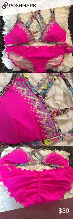 Pink vs bikini brand new! Neon lotus lightly lined non adjustable bikini top with fun embroidery. The bottoms are the scrunched back cheeky style that are extremely flattering! Victoria's Secret Swim Bikinis