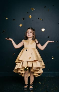 Gold dress for girl. Girls are so happy to have a fun and dance, dance, dance in this dress. Your princess will look charming in this gold dress. Perfect for photo shoots and any party. Dress is made of two layers of high quality satin flounces and cotton lining. Dress is available in 18 beautiful Birthday Girl Dress, Girls Party Dress, Girls Dresses, Dress Party, Girls Christmas Outfits, Girls Christmas Dresses, Gold Flower Girl Dresses, Gold Dress, New Years Dress