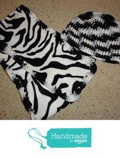 UNISEX CROCHET CHEMO OR BEANIE CAP & fleece with yarn scarf set ZEBRA print - Free Shipping to USA from PMSCRAFTS https://www.amazon.com/dp/B01KKM86LW/ref=hnd_sw_r_pi_dp_Yydayb2TXAB6S #handmadeatamazon