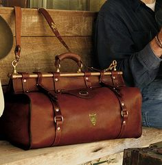 gentlemans bag, the Col. Littleton No. 3 Grip fits the bill perfectly. Littleton…