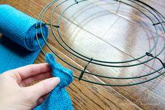 How to make burlap wreath