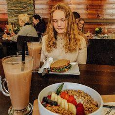 "Pia Høie Holgersen on Instagram: ""Denne lunsjen va så sykt go☕️🍍"" Cheesesteak, Ethnic Recipes, Instagram, Food, Pictures, Meal, Essen, Hoods, Meals"