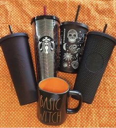 Starbucks is getting us in the Halloween spirit with brand-new tumblers straight out of our witchiest dreams. The coffee chain has slowly started releasing a Starbucks Tumbler, Copo Starbucks, Bebidas Do Starbucks, Disney Starbucks, Personalized Starbucks Cup, Starbucks Venti, Custom Starbucks Cup, Starbucks Drinks, Pineapple Cup