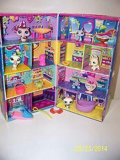 Littlest Pet Shop Cardboard Storage Case 7 Pets 10 Accessories LPS lot