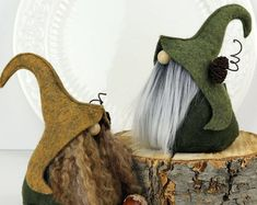 Whimsical Gnomes and Other Delights by TheGnomeMakers on Etsy Christmas Makes, Christmas Gnome, Diy Christmas Gifts, Holiday Crafts, Christmas Decorations, Scandinavian Gnomes, Scandinavian Christmas, Navidad Diy, Felt Crafts