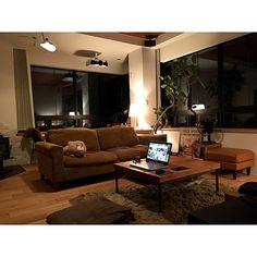 YUHさんの、Lounge,IDEE,TRUCK,セルジュムーユ,TRUCK FUNITURE,大きな窓,FKソファ,白い家,iron leg low table,IG→yuhe.x.x.xについての部屋写真