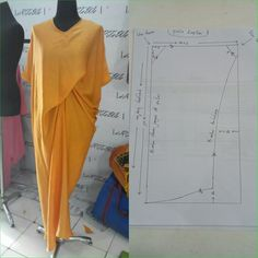 Assymetrical dress pattern Order via line : Modelliste Pattern (withNo photo description available. Pattern Cutting, Pattern Making, Dress Sewing Patterns, Clothing Patterns, Sewing Clothes, Diy Clothes, Mode Batik, Kaftan Pattern, Assymetrical Dress