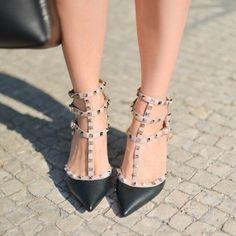 Valentino Rockstud | pinterest: @Blancazh Valentino Rockstud Heels, Shoes World, Heart Print, Beautiful Shoes, Designer Shoes, Burberry, Shoe Boots, Footwear, My Style