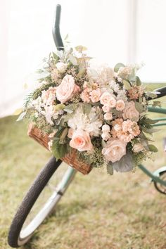 How sweet is this blush rose wedding bike! http://www.stylemepretty.com/2014/11/25/southern-chic-mountainside-wedding/ | Photography: Jillian Michelle - http://www.jillianmichellephoto.com/