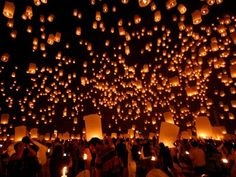 Full moon lantern festival, Hoi An, Vietnam  13th April 2014.Im glad this amazing event is not banned like in Hanoi!!