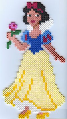 Snow White perler beads by Hama Beads Disney, Diy Perler Beads, Perler Bead Art, Hama Beads Patterns, Beading Patterns, Iron Beads, Melting Beads, Fuse Beads, Plastic Canvas Patterns