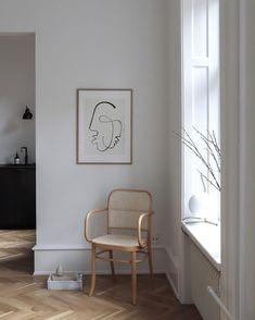 Minimal modern print & chair | @styleminimalism
