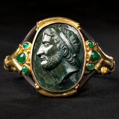 exceptionnal Demetrios Ist Poliorcete Bracelet (1600 - 1700). Europe. Medium/Materials: green jasper, emeralds, 18-carat gold and oxidized silver.