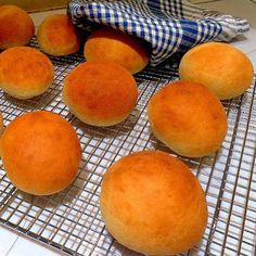 One Perfect Bite: Quick and Easy Burger Buns - Sandwich Rolls in 40 Minutes
