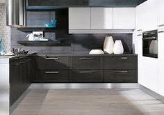 Risultati immagini per cucine grigio scure e bianche +
