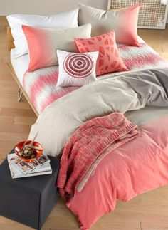 Coral bedding is perfect for summer. Love the ombré design on this duvet cover.