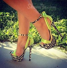 Prepossessing   Contrast Color Dress Sandals