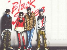 Punk fashion adapted in Japanese manga - Nana Manga Anime, Anime Art, Shin Nana, Yazawa Ai, Nana Manga, Nana Komatsu, Nana Osaki, Film D'animation, Manga Covers