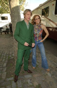 David Bowie through the years - 2002 with Sheryl Crow