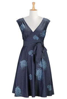 Floral Embroidered Dresses, Denim Chambray Pin-Up Dresses Shop women's designer fashion - Empire Waist Dresses - Empire Dresses | Women's Cl...