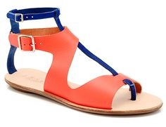 Step Right Up! Loeffler Randall Makes Summers Coolest Statement Sandals Spring Sandals, Summer Shoes, Shoe Room, Good Color Combinations, Cute Flats, All About Shoes, Ciabatta, Loeffler Randall, Flat Sandals