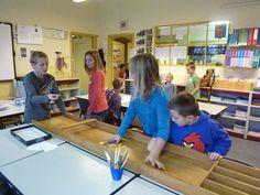 Chocoladegeld sjoelen Circuit, December, Classroom, School, Money, Class Room