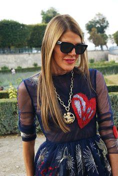 #Nouveau sur #PROTEGEMACAPE  article du style sur http://pmcmode.wix.com/pmc-mag  avec @anna_dello_russo #annadellorusso à la #fashionweekparis #paris #streetstyle #heart #mode #look #parisfashionweek #jardinsestuileries #streetstyle #voguejapan #street #womenswear #women #valentinoshow