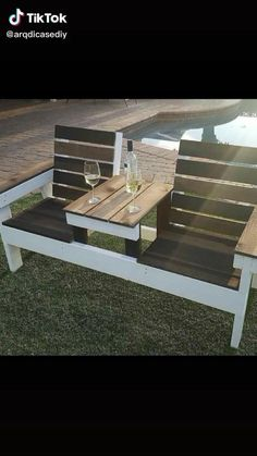 Wooden Pallet Projects, Diy Furniture Plans Wood Projects, Furniture Ideas, Pallette Furniture, Pallet Furniture Designs, Diy Furniture Couch, Kitchen Furniture, Pallet Garden Furniture, Diy Furniture With Pallets