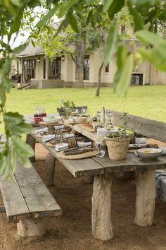 48 Super Ideas For Outdoor Patio Furniture Rustic Dining Tables Diy Garden Furniture, Diy Garden Decor, Outdoor Furniture Sets, Furniture Ideas, Recycled Furniture, Rustic Furniture, Modern Furniture, Backyard Patio Designs, Backyard Landscaping