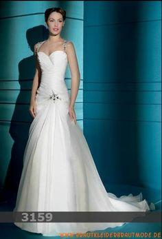 Elegante weiße Brautmode aus Chiffon Herzausschnitt Brautmode mit Schleppe