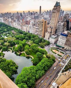 Central Park and the Upper East Side, Manhattan Central Park, Nyc, Photographie New York, New York City, Parks, Ville New York, City Vibe, Usa Tumblr, Photos Voyages