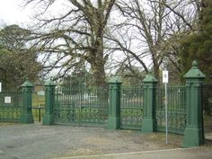 Bacchus Marsh Maddingley Park - These beautiful Victorian gates were presented to Maddingley Park in  February 1922 as a memorial to the fallen soldiers of the district. The gates were originally from the historical mansion Labassa located in North Caulfield.    FEBRUARY 1922