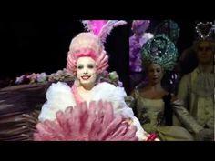 LIVE/1789, les amants de la Bastille - Je mise tout (intégrale) - Roxane wow, crazy outfits, cool :D
