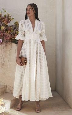 11 Phenomenal Fashion Tips For Guys Wondrous Ideas.Fashion Tips Videos White Outfits, Dress Outfits, Dress Up, Fashion Outfits, Gauze Dress, Fashion Fashion, Fashion Ideas, Casual Dresses, Fashion Tips