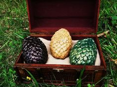 Check! Used this as inspiration for my own Dragon egg set.