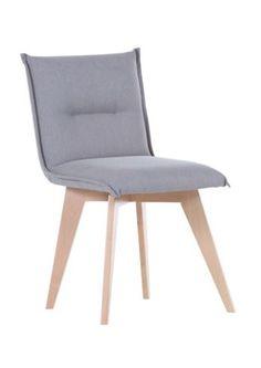 Stuhl in Hellgrau