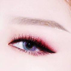 [Album] ส่องไอเดีย แต่งตาตามสีคอนเทคเลนส์ สวยสะกดใจ เปลี่ยนได้ห