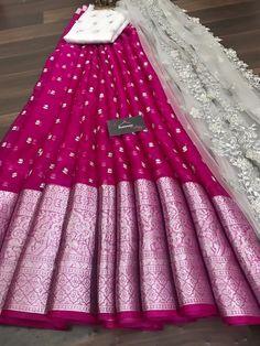 Designer Lehnga Choli, Designer Anarkali Dresses, Designer Party Wear Dresses, Half Saree Lehenga, Lehenga Saree Design, Lehenga Designs, Sarees, Party Wear Indian Dresses, Indian Gowns Dresses