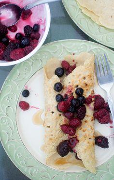 easy breakfast crepes -- only 4 ingredients | vegan, gluten-free, oil-free