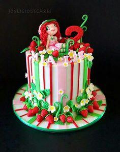 Strawberry shortcake cake Strawberry Shortcake Theme Cake, 1st Birthday Parties, Birthday Cake, Themed Cakes, First Birthdays, Cake Decorating, Desserts, Cake Ideas, Food