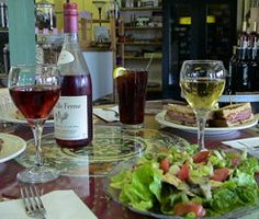 Northern Neck Gourmet is a Wine and Cheese Cafe that serves lunch in Warsaw, Virginia.