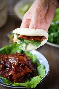 Hoisin Pork with Steamed Buns (Gua Bao) - - Hoisin Pork with Steamed Buns (Gua Bao) Asian Food Recipes Hoision Pork With steamed buns Healthy Diet Recipes, Pork Recipes, Asian Recipes, Cooking Recipes, Recipies, Simple Chinese Recipes, Japanese Food Recipes, Ono Kine Recipes, Japanese Appetizers