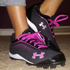 if i still played softball i would soo buy these!!! #cute#softball#cleats