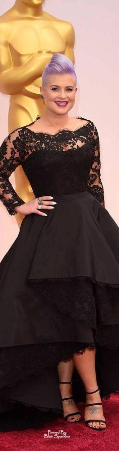 #Oscars 2015 Kelly Osbourne in Rita Vinieris