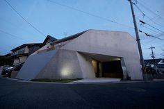 森村政悦建築設計事務所 城の里の家  http://www.kenchikukenken.co.jp/works/1055743967/22/