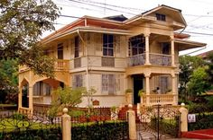 Hofilena Heritage House Silay City Filipino Architecture, Philippine Architecture, Art And Architecture, Filipino House, Spanish Colonial Homes, Philippine Houses, Bamboo House, House Restaurant, Historic Homes