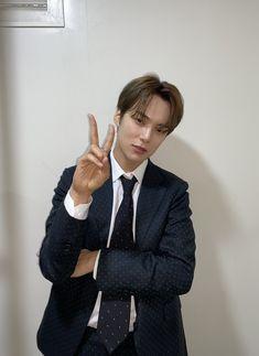 Jooheon, Hyungwon, Yoo Kihyun, Shownu, Monsta X Minhyuk, Lee Minhyuk, Extended Play, How To Draw Anything, Social Media Updates