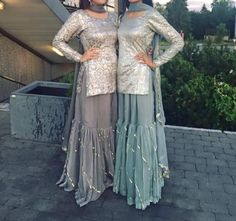 Eid outfits - Colder shades like these can be worn for the mendhi, for those bridesmaids that don't like wearing bright vibrant colours and still look… Designer Kurtis, Indian Designer Suits, Designer Dresses, Pakistani Wedding Outfits, Pakistani Dresses, Indian Dresses, Pakistani Sharara, Wedding Hijab, Indian Lehenga