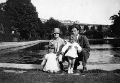 Marjorie (Nanna's daughter with husband George and children Alison and Colin)